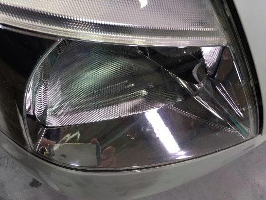 ヘッドライト黄ばみ除去とクリア塗装をしてから半年経ったヘッドライトの状態10